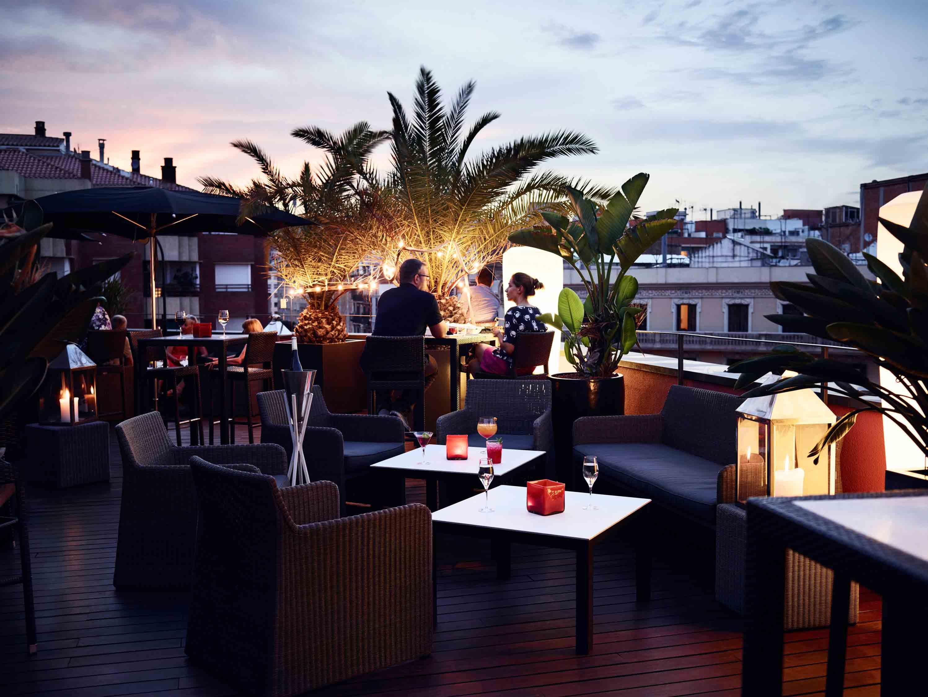 La Terrassa Villa Emilia Barcelona Terraza Con Bar Del Hotel
